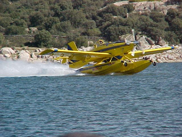120629 Airtractor 802 Fireboss 4_tcm7-213988