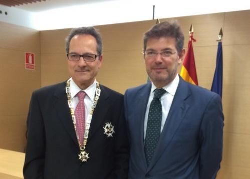 Catalá impone tres condecoraciones de la Orden de San Raimundo de Peñafort