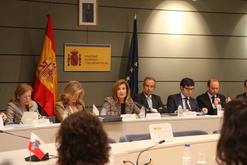 Las CC.AA. recibirán 1.543 millones de euros para políticas activas en 2015, un 23,25% más que el pasado año