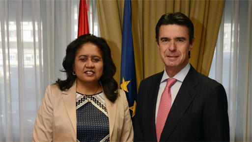 El ministro de Industria, Energía y Turismo se reúne con la ministra de Turismo, Inversiones y Desarrollo Empresarial de Cabo Verde