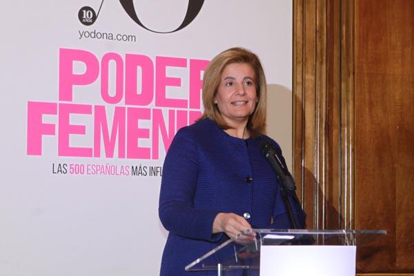 """Fátima Báñez afirma que una sociedad es """"mejor y más fuerte"""" cuanto más cuenta con las mujeres"""