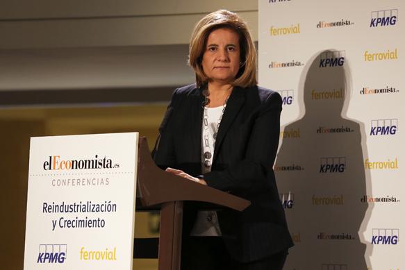 Báñez afirma que la industria está siendo uno de los motores de la creación de empleo en España
