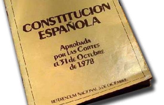 El Gobierno premiará a los escolares que realicen los mejores trabajos sobre la Constitución Española
