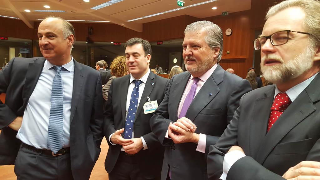Méndez de Vigo insta a los miembros de la UE a cooperar en la lucha contra la piratería en Internet