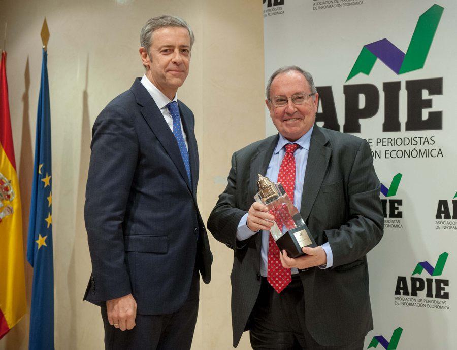 José Luis Bonet recibe el premio Tintero 2015