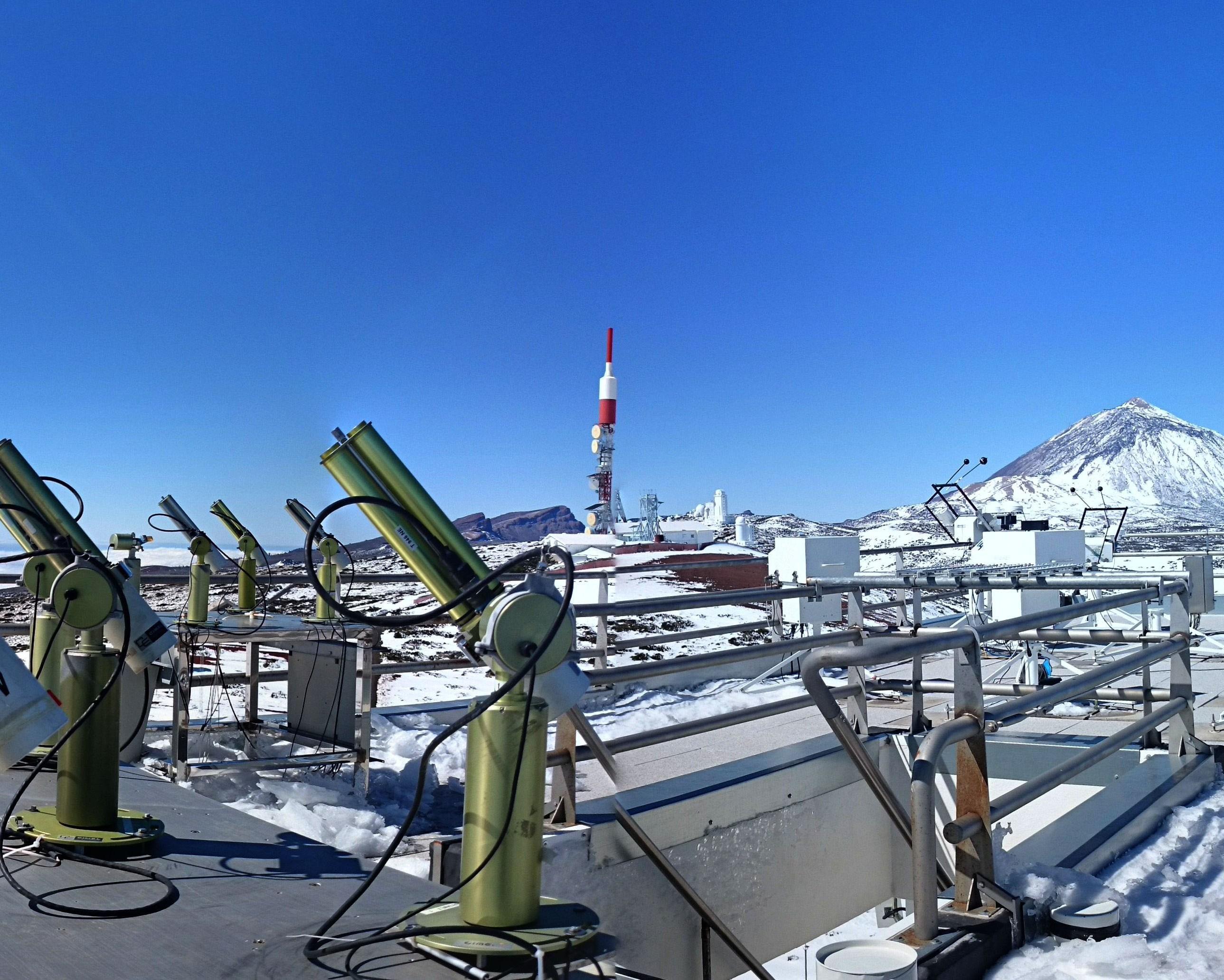 El Centro de Investigación Atmosférica de Izaña de AEMET participa en el desarrollo de un nuevo fotómetro para medir aerosoles y vapor de agua