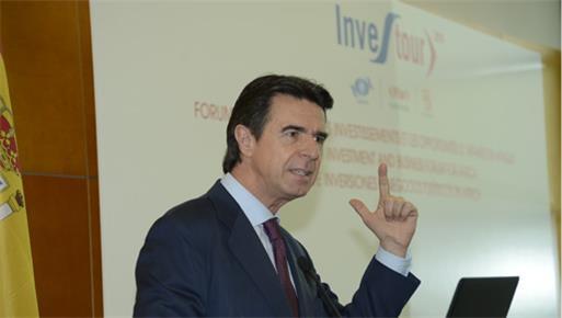 José Manuel Soria inaugura el VII Foro Investour