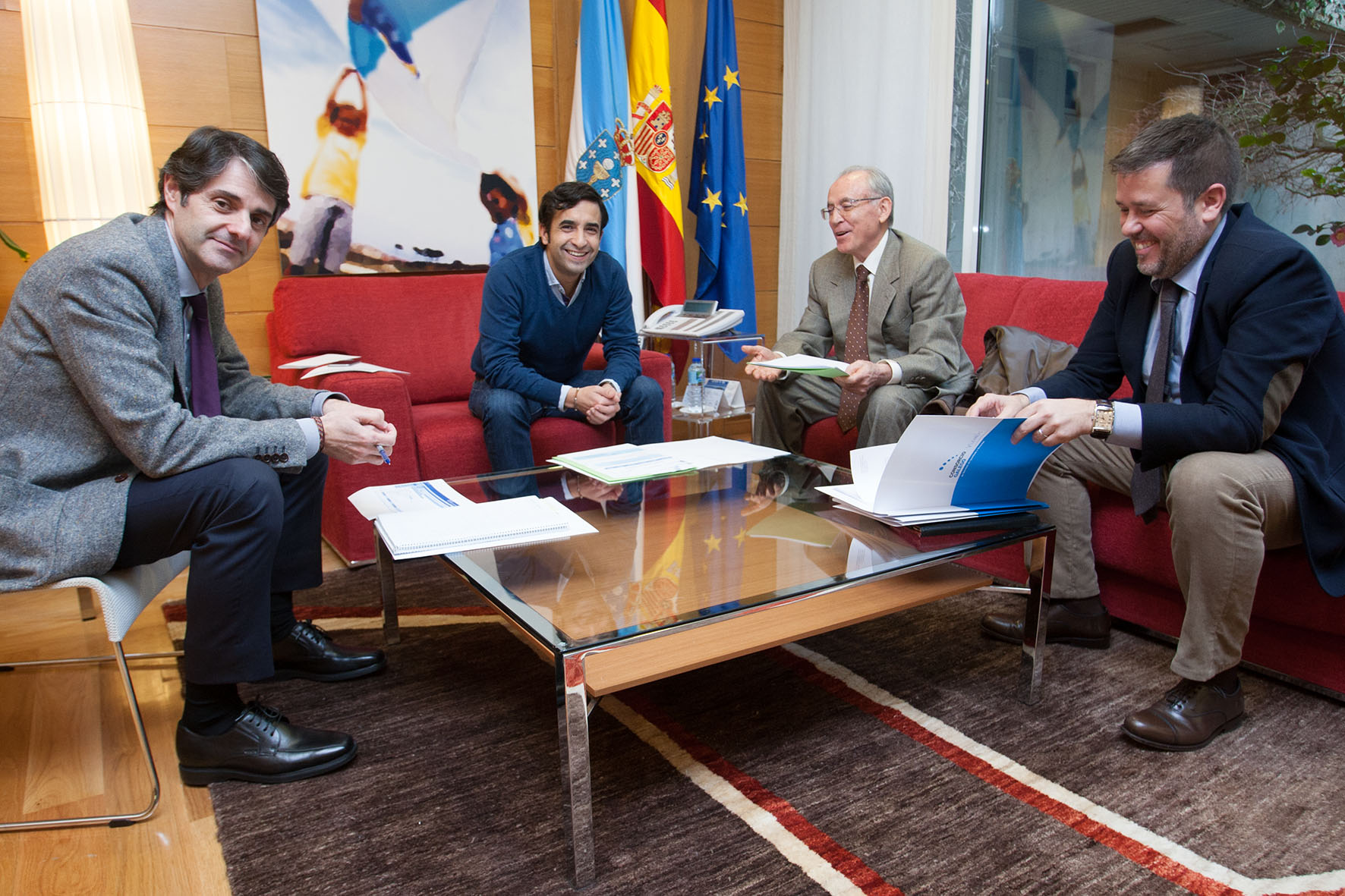 La Consellería de Política Social continúa con su ronda de reuniones con los alcaldes gallegos en la búsqueda de mejores servicios sociales para la población gallega