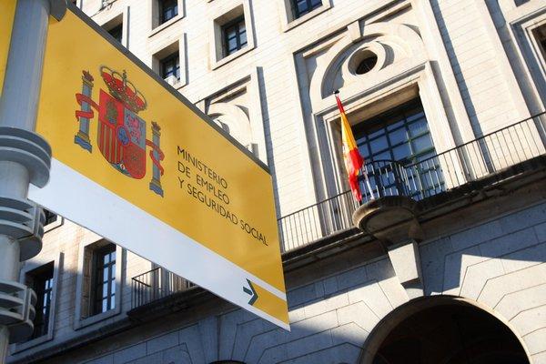 El Gobierno presenta el informe sobre las disposiciones del Fondo de Reserva de la Seguridad Social en el cuarto trimestre de 2015