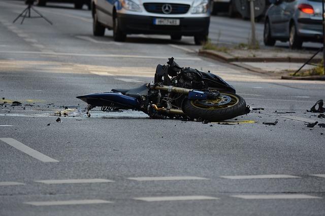 El 061-Galicia asistió a 81 personas por 55 accidentes de circulación durante el fin de semana