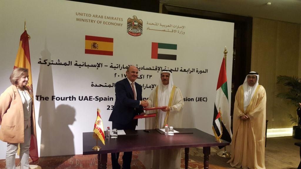 Los ministros de Economía de España y Emiratos Árabes acuerdan explorar nuevas oportunidades de comercio e inversión