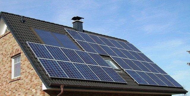 UNEF y Familia Torres abordarán en Canarias las oportunidades del autoconsumo fotovoltaico para la hostelería